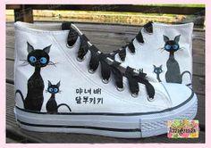 Canvas shoes hand paint  shoes  cardtoon cat by Kingmaxpaints, $59.90