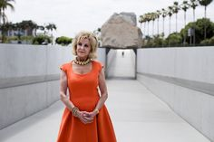 Elaine Wynn Eyes the Bigger Picture in Los Angeles - The New York Times