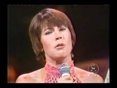 Helen Reddy with the Bee Gees - To Love Somebody - Live at the Midnight Special, 1973