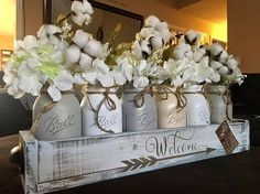 31 DIY Simple and Rustic Wooden Box Centerpiece Idea - Mason Jars, Pot Mason, Mason Jar Centerpieces, Mason Jar Crafts, Flower Centerpieces, Flower Arrangements, Country Table Centerpieces, Mason Jar Kitchen Decor, Mason Jar Planter