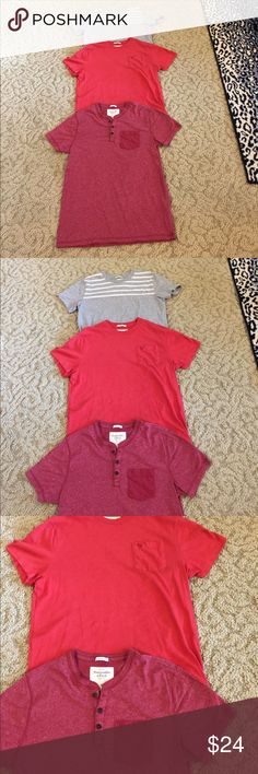 A&F MENS TEE SHIRTS SZ M. RED, MAROON AND GRAY ABERCROMBIE & FITCH MENS TEE SHIRTS SIZE MED. GRAY W WHITE STRIPES ON TOP, RED WITH POCKET AND MAROON HENLEY WITH POCKET. 3 PACK FOR ONE SHIP CHARGE Abercrombie & Fitch Shirts Tees - Short Sleeve