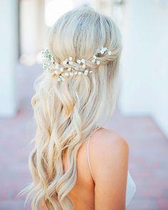 Half Up Wedding Hair, Wedding Hairstyles Half Up Half Down, Curly Wedding Hair, Wedding Hairstyles For Long Hair, Wedding Hair And Makeup, Bride Hairstyles, Wedding Hair Accessories, Half Updo, Half Up Half Down Bridal Hair