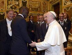 Italy – Argentina. Both teams visited Pope yesterday. Mario and Pope! www.soccerdailyblog.com
