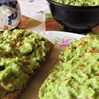 Recept : Pomazánka z brokolice | ReceptyOnLine.cz - kuchařka, recepty a inspirace Guacamole, Mexican, Ethnic Recipes, Food, Essen, Meals, Yemek, Mexicans, Eten