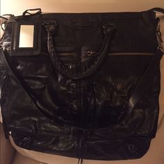 Balenciaga square tote bag Pre owned Excellent condition Authentic Balenciaga. Sold as is. No dustbag. Clean inside and out. It is one of my favorite purse but i have 2 of these so i decided to dispose this one. Balenciaga Bags Shoulder Bags