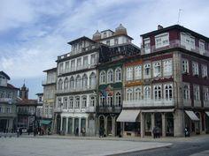 La place du Toural, Guimaraes