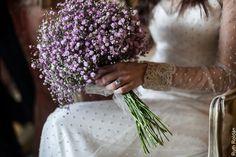 Polka dot appliqué sheer sleeves & lovely bouquet