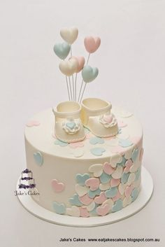 Looking for ideas for baby shower cakes? Check out these 10 Gorgeous Baby Shower Cakes for boys, girls, twins, gender reveals, and gender neutral baby showers. Torta Baby Shower, Baby Shower Kuchen, Tortas Baby Shower Niña, Baby Shower Pasta, Fondant Cakes, Cupcake Cakes, Baby Cakes, Baby Reveal Cakes, Gender Reveal Cakes