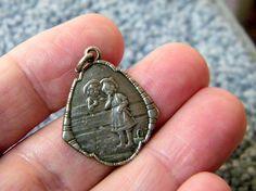 Antique Art Nouveau German 800 Silver Repousse Hansel & Gretel Fairy Tale Charm US $95,00