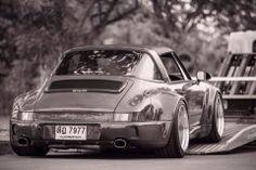 Porsche RWB Targa