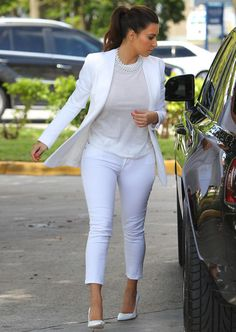 Kim Kardashian Photos Photos: Kim Kardashian Pumps Gas In Miami 2 Tomboy Outfits, Casual Work Outfits, Swag Outfits, Girly Outfits, Work Casual, Chic Outfits, Casual Wear, Fashion Outfits, Kourtney Kardashian