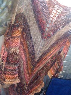 Free Pattern: Stash Buster Shawl by UrbanGypZ Designs