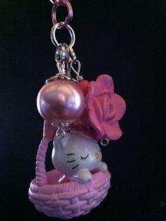 Sleepy Hello Kitty Basket Charm