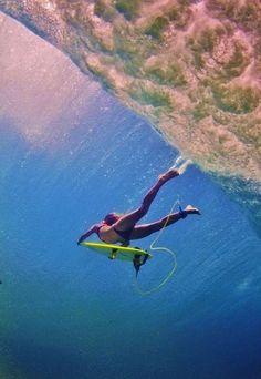 otra perspectiva de la tipica foto de debajo del agua www.liketosurf.com