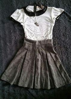Kup mój przedmiot na #vintedpl http://www.vinted.pl/damska-odziez/spodnice/13759853-szara-spodniczka-benetton-plisy-kontrafaldy