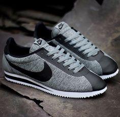 Black and gray Nike Fleece