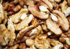 Walnut Benefits : Make Healthy Blood Vessels in 4 Weeks.