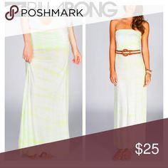 Billabong Tie Dye Convertible Maxi Dress Skirt Billabong Midway Luv maxi skirt in sunkissed white & neon yellow tie dye wash. Can be worn as a dress or skirt. Foldover waistband with small Billabong logo tag on back. 100% viscose. Excellent, pre-loved condition with no obvious signs of wear or flaws. Reasonable offers accepted. More pics & measurements up shortly. Billabong Dresses Strapless
