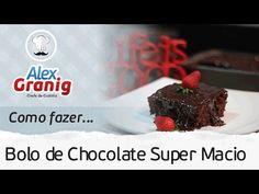 Como fazer Bolo de Chocolate Super Macio | Por: Chef Alex Granig