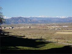 Fantastic views of high country and Flatirons, backs up to Boulder county open space with easy access to trails. Good schools. Community pool access. One car garage with parking beside garage. Newly remodel kitchen with quartz counter tops and stainless steel appliances. New full size washer and dryer. Large front deck next to kitchen. Great views of mountains and open space from living room. Open floor plan with vaulted ceiling. Wood burning fireplace. Air conditioning and high efficiency… Front Deck, Front Yard Fence, Fenced In Yard, Broomfield Colorado, Small Fence, California Closets, Rental Listings, Colorado Homes, Stainless Steel Appliances