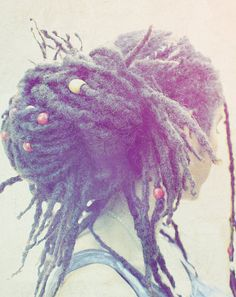 Dreadlock up do with dread beads! Dreadlock Hairstyles, Messy Hairstyles, Dreadlock Rasta, Tight Braids, Beautiful Dreadlocks, Dreads Girl, Dreads Styles, Dread Beads, Natural Hair Styles