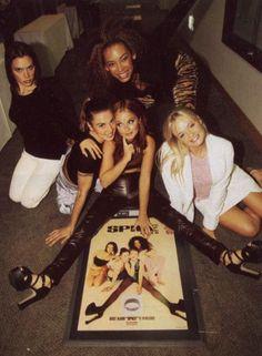 Spice Girls memories…. http://spicegirls.com.br - http://facebook.com/spicegirlsbr