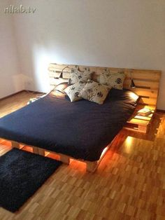 Different Way to Make a DIY Pallet Furniture The pallet timber can be managed in different way to make a lot of DIY recycled pallet furniture ideas mostly those that are used at frequent angles. Pallet Bed Frames, Diy Pallet Bed, Wooden Pallet Beds, Recycled Pallet Furniture, Outdoor Furniture, Furniture Ideas, Recycled Pallets, Wood Pallets, Outdoor Couch