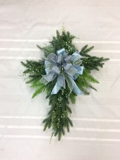 Excellent Cost-Free cross Wreath for Front Door Tips The front doorway wreath applies this doing variations for a home. A wreath holding at the front adm Sunflower Arrangements, Artificial Flower Arrangements, Autumn Wreaths For Front Door, Door Wreaths, Christmas Cross, Christmas Wreaths, Fresh Wreath, Etsy Wreaths, Fall Scarecrows
