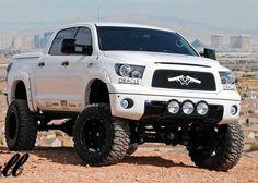 bulletproof toyota tundra Love the grill emblem Toyota Trucks, Lifted Trucks, Cool Trucks, Pickup Trucks, Rims And Tires, Wheels And Tires, Tundra Truck, Lifted Tundra, Toyota Tundra Trd