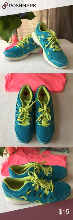 L.A. Gear Sneakers Size 10 Neon Power! L.A.Gear Sneakers bring fun to the gym. These are a size 10 gently used pair with minimal wear on the sole, like new on tops.They are a cool aqua color with neon green accents. Comfortable and cute. L.A. Gear Shoes Athletic Shoes