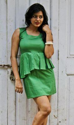 Green Peplum Pleated Dress- Bowknot Back
