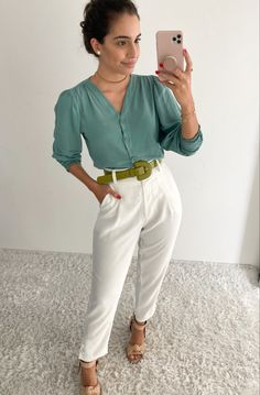 Looks Chic, Casual Looks, Casual Chic, Teacher Outfits, Office Looks, Work Looks, Outfit Posts, Fashion Dresses, Style Inspiration