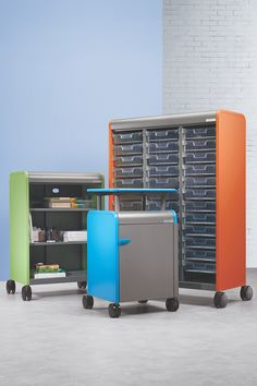 The collaborative classroom demands efficiency. Cascade™ classroom storage systems with transferable totes provide countless configurations and options in mobile storage units and teacher desks. Mobile Storage Units, Storage Systems, Storage Solutions, Craft Organization, Craft Storage, Teacher Desks, My New Room, Home Remodeling, Beginner Sewing Projects