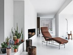 TRAFFIC Chaise longue by Magis design Konstantin Grcic