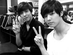 CNBLUE Yonghwa and kang min hyuk 😍