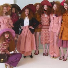 marcjacobs:  That time Grace Coddington dressed 7 models in Marc Jacobs SS11 for Vogue Magazine and then took the cutest picture, ever, backstage after the shoot.