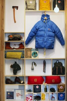 folk-inspired outdoor goods by Fjällräven. the swedes do it again. i want the axes and knives. and blankets.