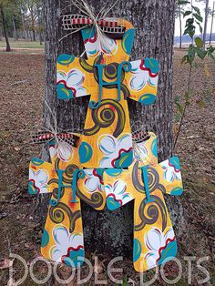 Flower Style Cross Door Hangers by DoOdLeDotsAnDmOre on Etsy, $35.00
