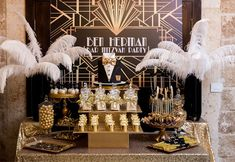 Roaring 20s Birthday Party, Great Gatsby Themed Party, 25th Birthday Parties, The Great Gatsby, Glamour Party, Sweet 16 Parties, Dessert Table, Party Themes, 30th