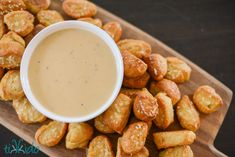 Game-day Recipe: Pretzel Bites and Beer Cheese Dipping Sauce | TikkiDo.com