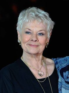 Judi Dench Photos - Image has been converted to black and white) Dame Judi Dench attends the World Premiere of 'The Best Exotic Marigold Hotel' at The Curzon Mayfair on February 2012 in London, England. - The Best Exotic Marigold Hotel - World Premiere Judi Dench, Judy Dench Hair, Short Grey Hair, Short Hair Cuts, Short Hair Styles, Stylish Older Women, Haircut For Older Women, Aging Gracefully, Celebs