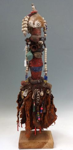 Africa | Doll from the Ovimbundu people of southern Angola | Wood, glass beads, natural fiber