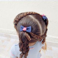 Maria chiquinha fofinha! #penteadoinfantil #toddlerhairstyles #toddlerhairstyle #toddlerhair #hairstyle #hairstyles #irmasdobarulho #mariachiquinha #cachos #cacheada #cacheadinha #easytoddlerhairstyles #toddlerhairideas #hair #peinado #peinadoparaninas #bomdia #cute #love #easy #feature_braids
