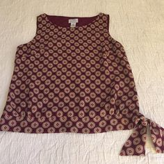Ann Taylor Loft cute top Great work top with suits, skirts, or trousers. Drapes nicely and does not wrinkle. Lined. Gorgeous! LOFT Tops