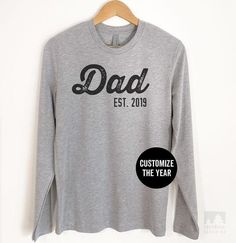 Daddy Est 2018//2019 Any year T Shirt  New Fathers Day  Gift  Christmas set box