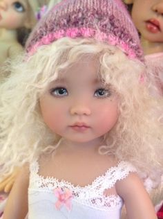 Adding a photo of Jayden Emilie and her favorite Sleeping Elf mohair wig:) Reborn Dolls, Bjd Dolls, Girl Dolls, Beautiful Little Girls, Cute Little Girls, Doll Fancy Dress, Doll Face Paint, Pink Doll, Real Doll