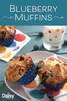 May 2020 - These easy blueberry muffins are what we want to wake up to every morning. Easy Blueberry Muffins, Blueberry Recipes, Blue Berry Muffins, Cupcakes, Cupcake Cakes, Kos, Muffin Tin Recipes, Snacks, Sweet Desserts