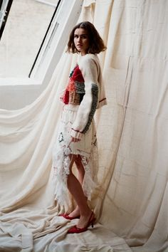 Elin Manon is a fashion designer specialising in knitwear. Her signature is repurposed clothing and materials from unusual sources. View Elin's latest collection now. Net Curtains, Fashion Designers, Showroom, Knitwear, Kimono Top, Cover Up, London, Book, Lace