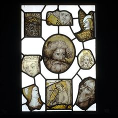 Stained glass fragment, England, 15th century. l Victoria and Albert Museum