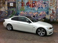 BMW E92 wrapped in Avery Dennison #SWF White Pearlescent - by Folientechnik Sonntag